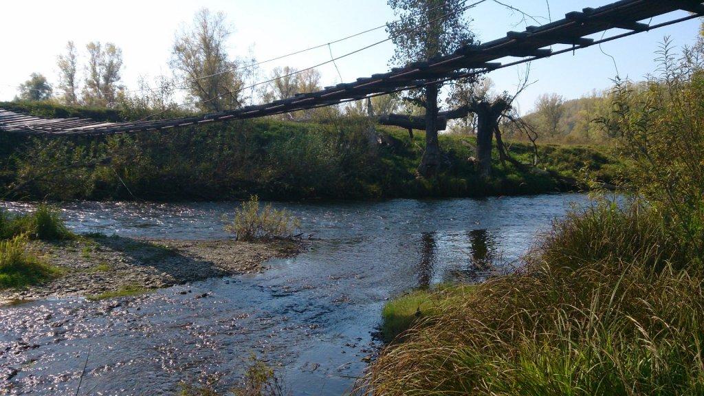 """""""Нерабочий"""" подвесной мост через р. Ик"""