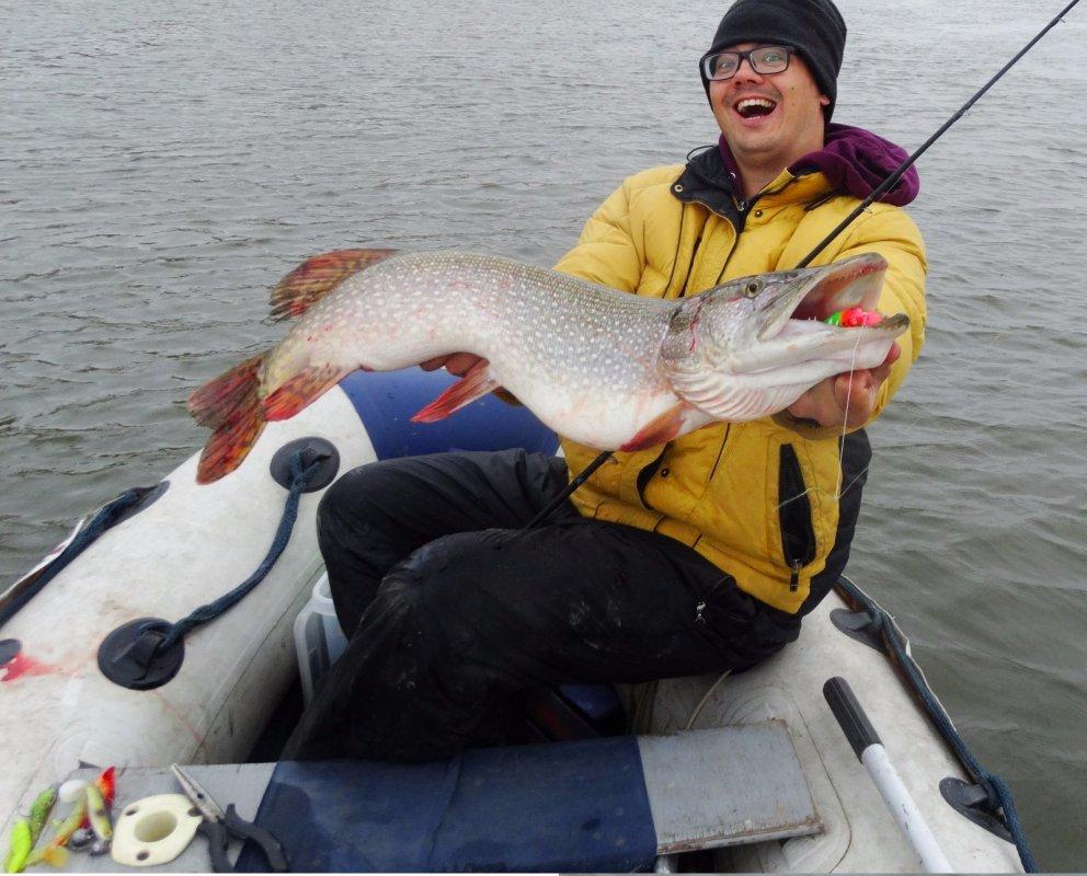 Время холодной воды - пожалуй лучшее для рыбалки!
