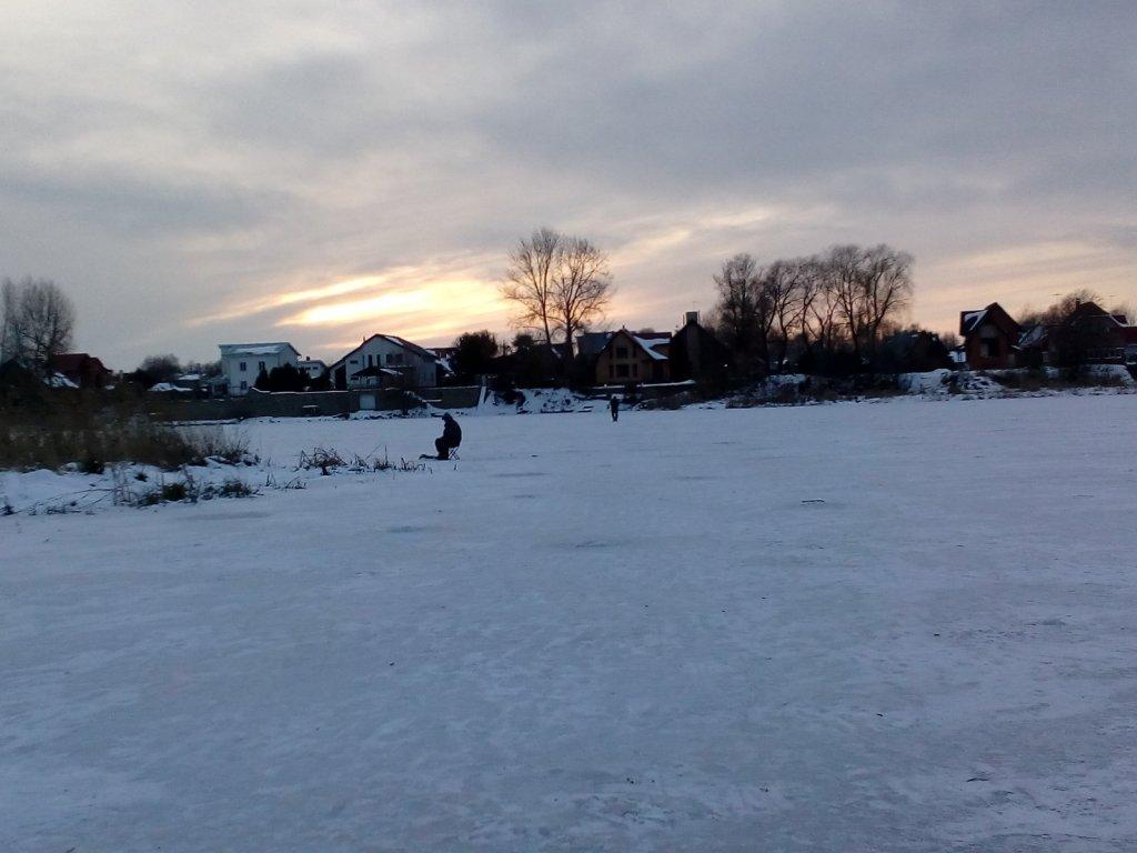 Зимний Закат на протоке.