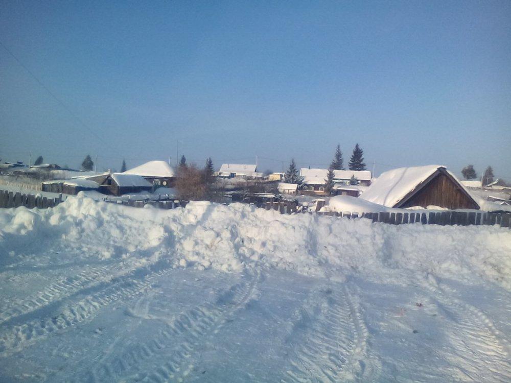 В Лесниковском,готовят паркинг для иногородних рыбаков.