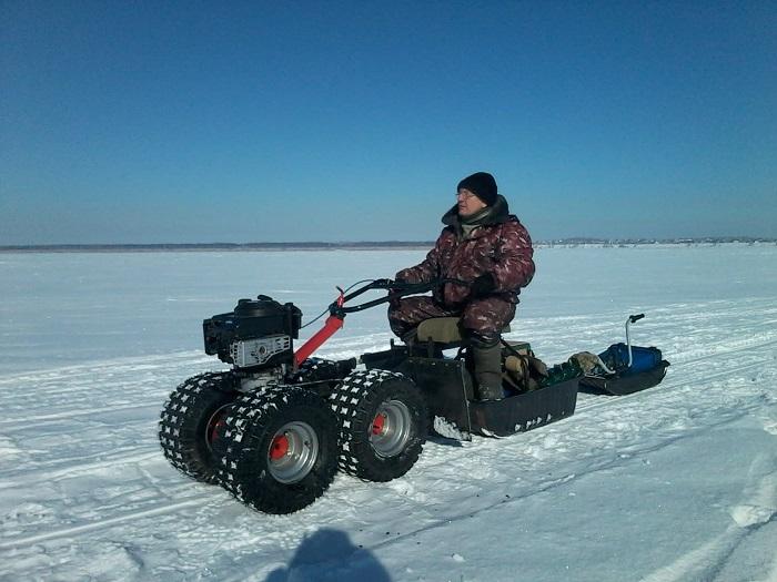 Трансформер: культиватор, снегоход, болотоход