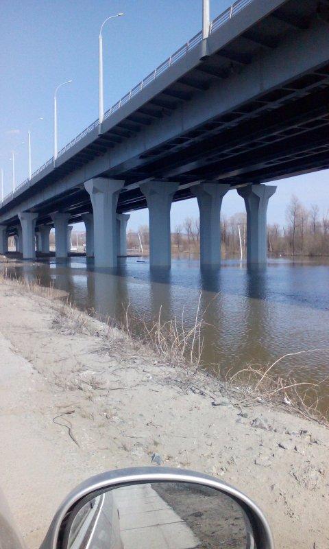 Бугринский мост....Правый берег!