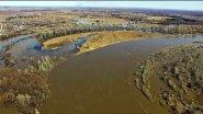 Алтайский край .Осторожно! Паводок! Вода в реке Чумыш  прибывает.