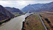 Алтай. Горная река Катунь глазами дрона.