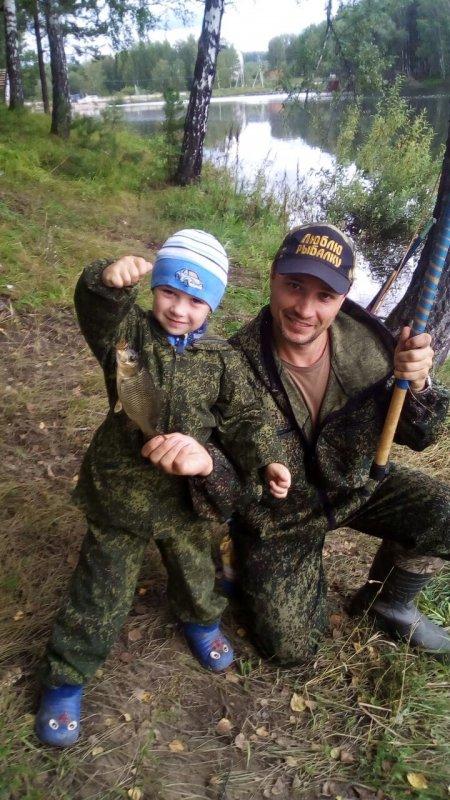 Юный рыбак 4