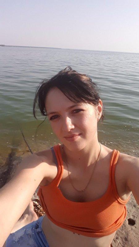 Видеоролики как парня опускают в зоне, уговорил одногруппницу на секс