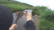 Ловля хариуса в тундровой речке. Рыбалка на крайнем севере.