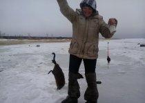 Рыбаки ловили рыбу, а поймали...)))
