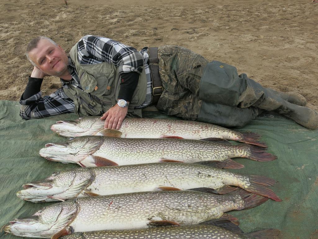 Съездили в Тым. Хорошая рыбалка.