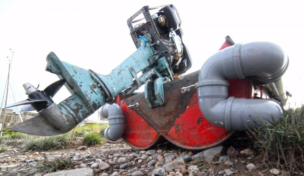 Лодкомотопепелаца или анжинерная работа это вам не шалам валам...