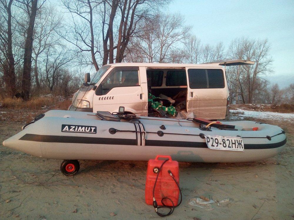 Когда лодка больше автомобиля...:)))