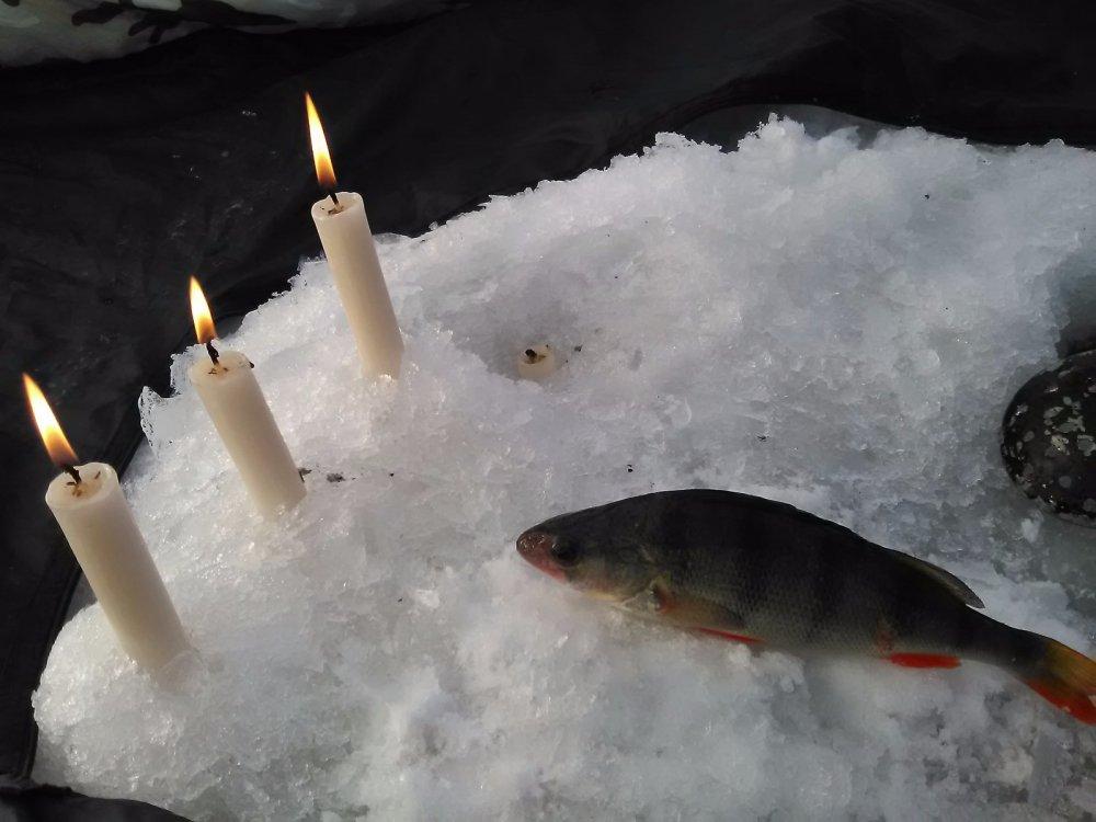 Ужин при свечах.