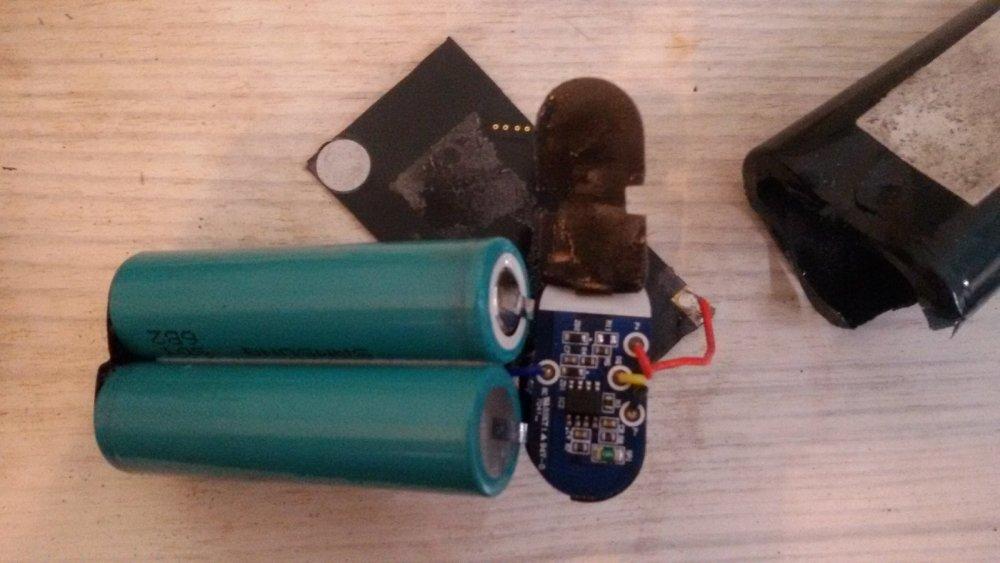 ремонт аккумулятора на эхолоте гармин 276С №2