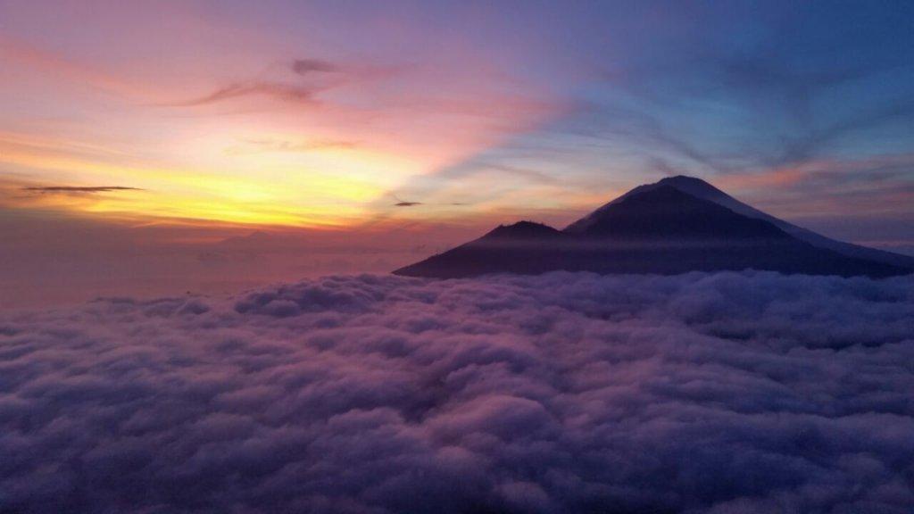 Индонезия вулкан Батур.