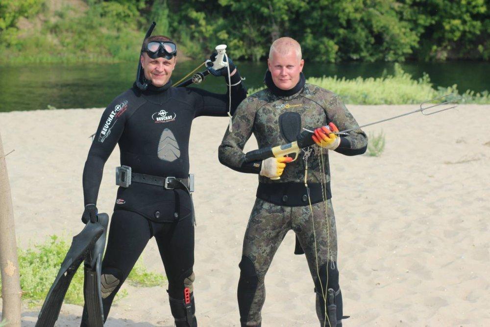 Снаряжение для подводной рыбалке.