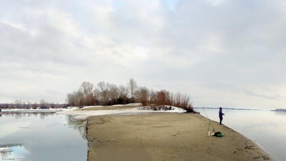 Ходовая рыбалка в начале апреля.