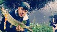 Рыбалка на лесной реке