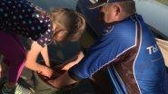 Как приучить ребенка к рыбалке? Как помочь ближнему?