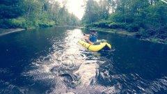 Сплав на плотиках.Рыбалка по малым рекам.Щука на крупные приманки.