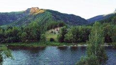 Вечерняя река Чарыш на Алтае