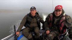Осенний спиннинг на большой реке. Рыбалка с другом