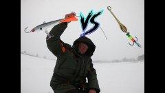 ПЕРВЫЙ ЛЁД.Рыбалка по первому льду 2018! Ловим окуня. Балансир против блесны. Кто кого?