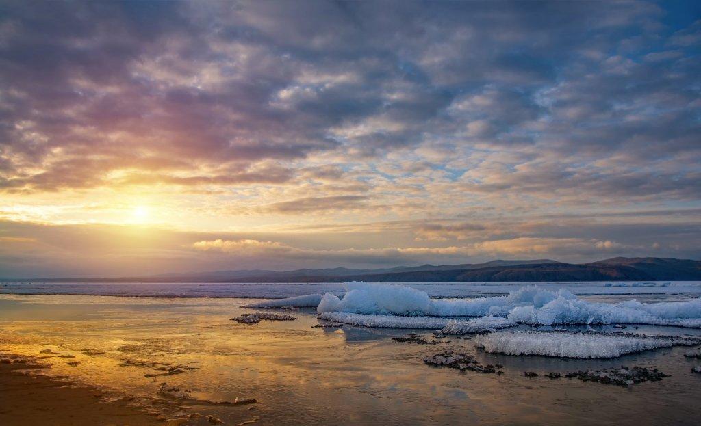 Вечер на Красноярском море
