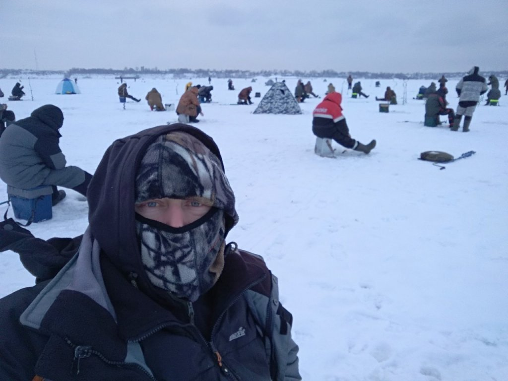 23.12. 18 ни в снег, ни в дождь рыбака не прошибешь! Н. Новгород.