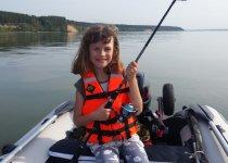 Приучаем молодое поколение к летней рыбалке