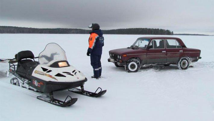 Новосибирских рыбаков штрафуют на льду