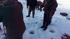 Человеческая жадность или 15 секунд на зимовальной яме с сомами
