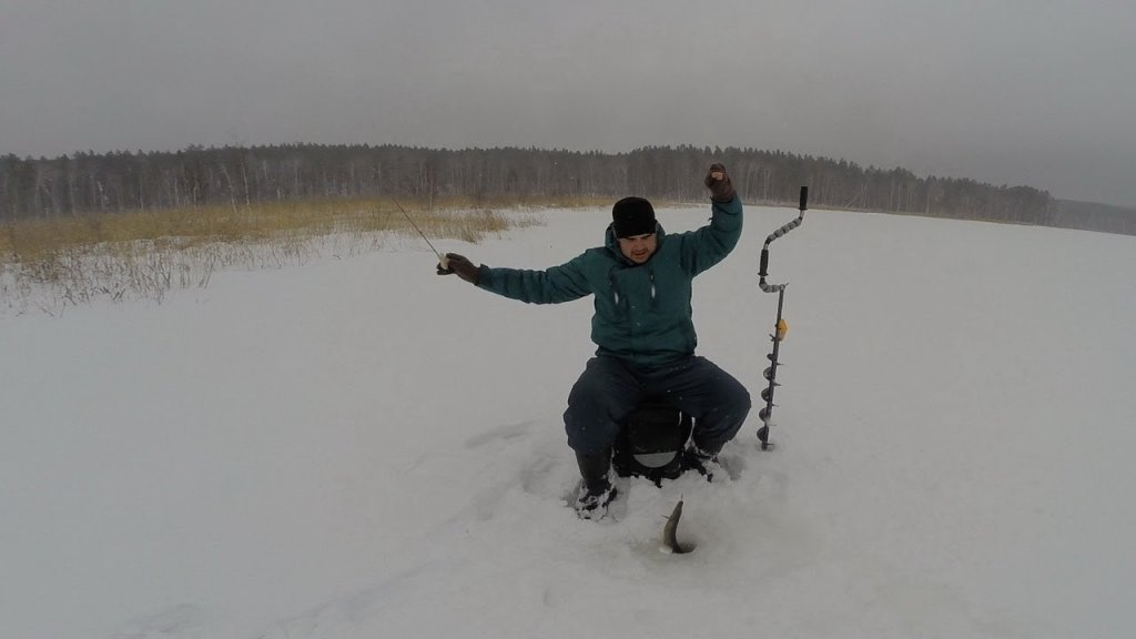 Проведали одно озерцо в глуши на Урале