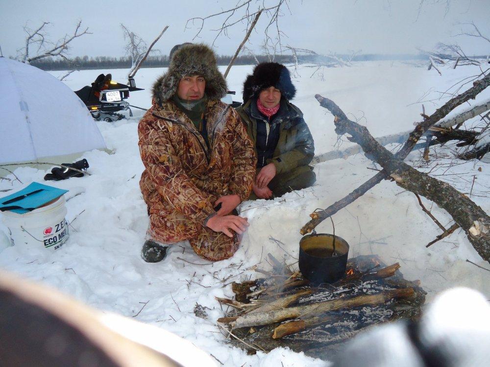 Придерживаемся традиции Кемеровских друзей .....пельмешки без спешки.