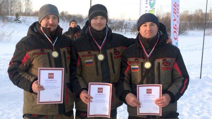 Команда FishingSib завоевала бронзовые медали на областных соревнованиях по мормышке