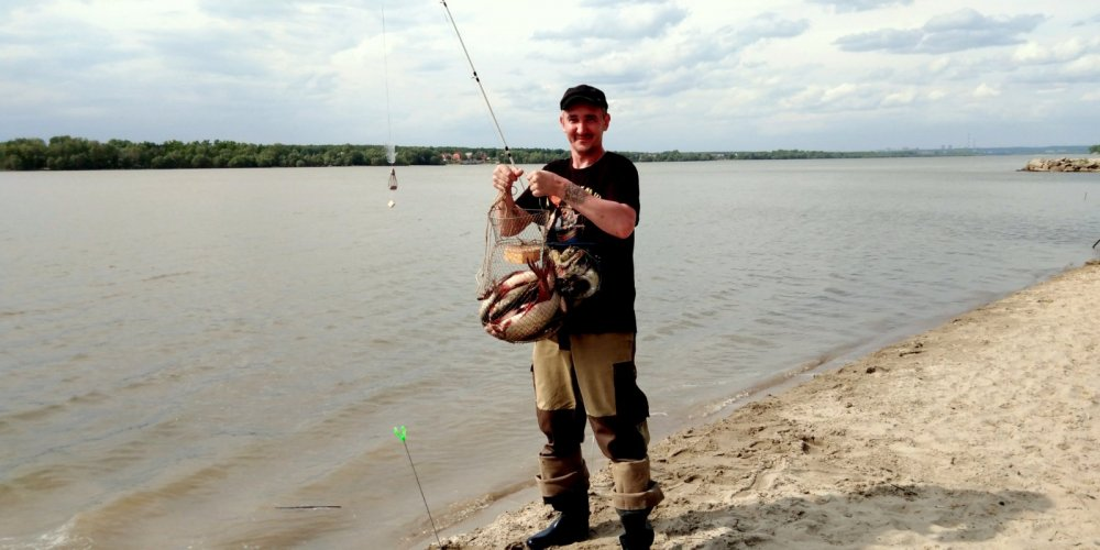 Язь и лещ на крокодила )))