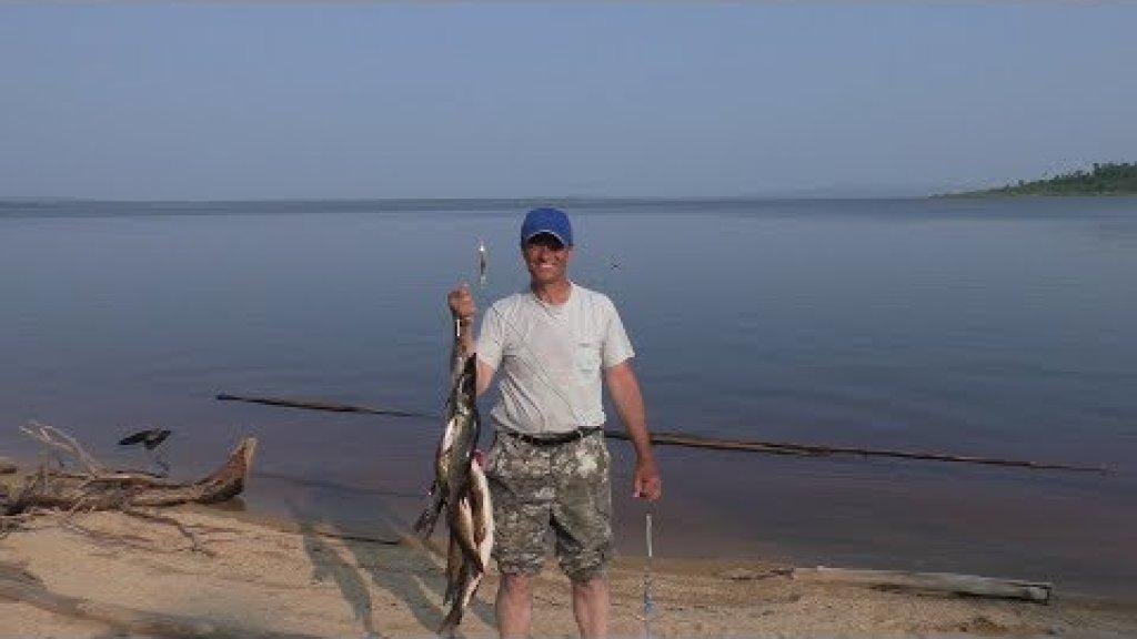 Увлекательная, клёвая рыбалка вдвоём. Два дня с женой в окружении щук.