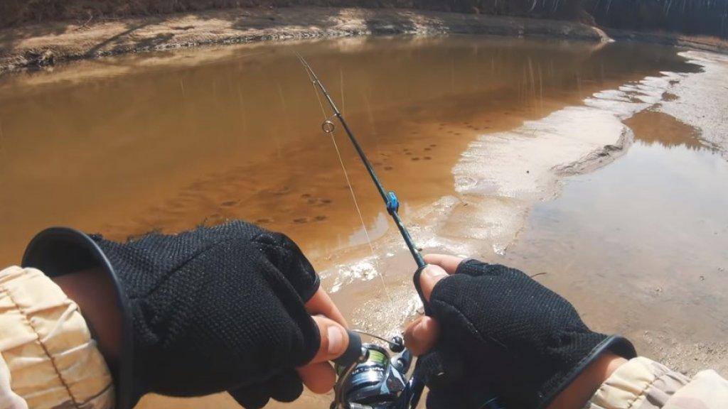 Ультралайт на малой реке. Рыбалка на микроджиг