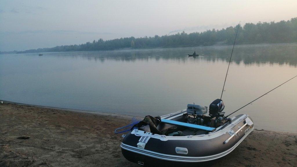 Спиннинг с лодки на Иртыше