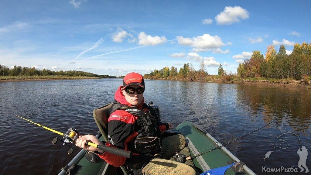 Осенний троллинг на реке Сысоле. Рыбалка 2019