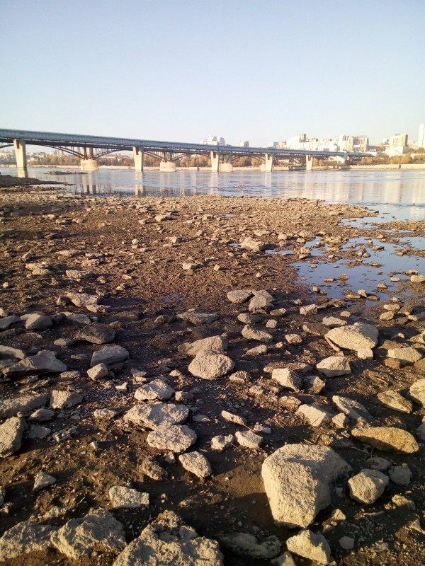 Река Обь, водичка ушла.