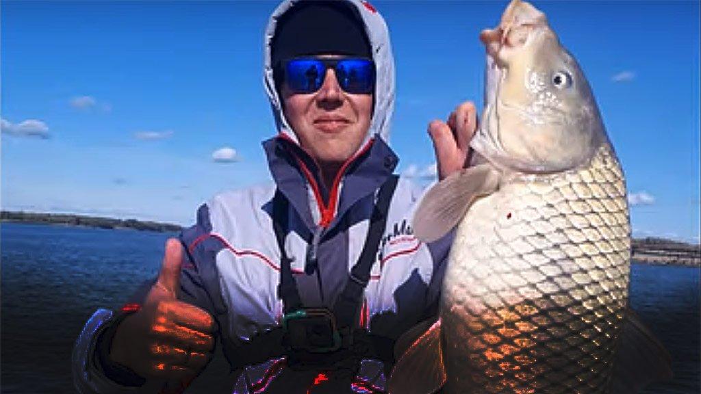 Трофейный сазан! Рыбалка на фидер с лодки! 3 серия