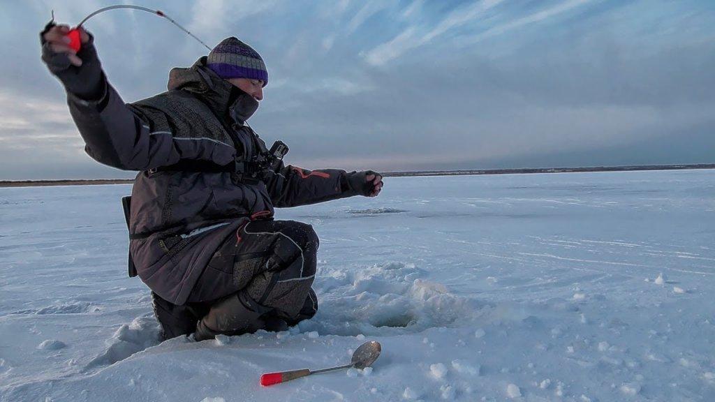 Первый лед 2019-2020! Зимняя рыбалка открыта!