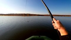 Вот это рыбалка! Жор рыбы. Мечта, а не рыбалка. Бешеный клёв. Рыбалка на удочку с лодки