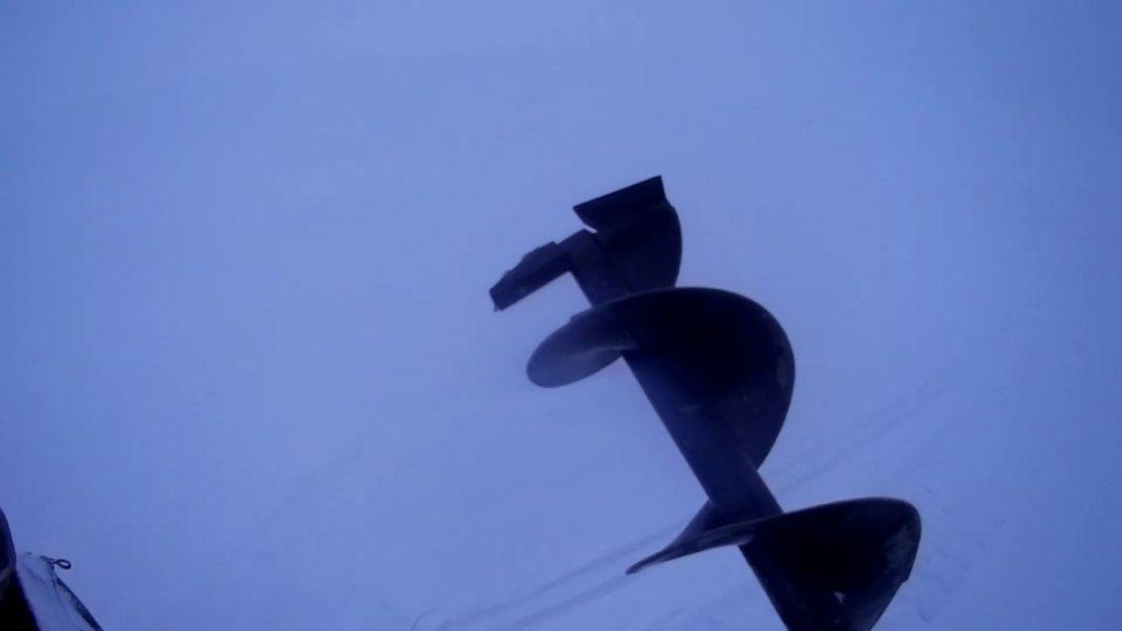 Рыбалка видео отчёт 16.01.2020 поиск судака.ветер .снег .разные глубины.