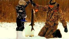Вот это я понимаю трофейная рыбалка! Мощные щуки на жерлицы!