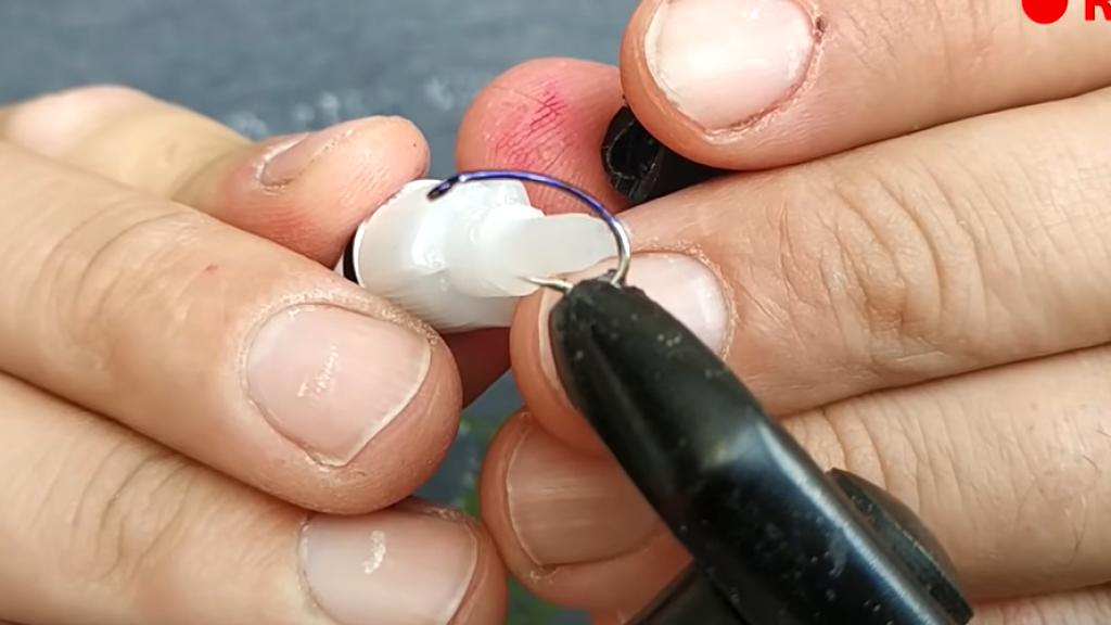 Как сделать ангарскую резину или кембрик. Розыгрыш. Рыбалка. Хариус.
