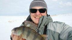 ОКУНЬ НАЧАЛ ШЕВЕЛИТЬСЯ! Рыбалка 2020, ловля окуня на чертик и безмотылку