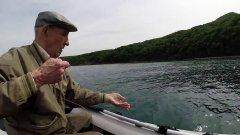Внук вывез 88 летнего деда на рыбалку