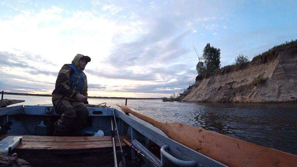 Рыбалка с Эдуардом. На закате дня. Река Печора.