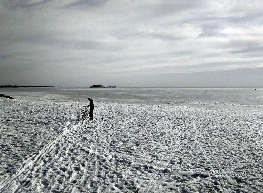 Вид на ОВХ с пляжа Звезда.